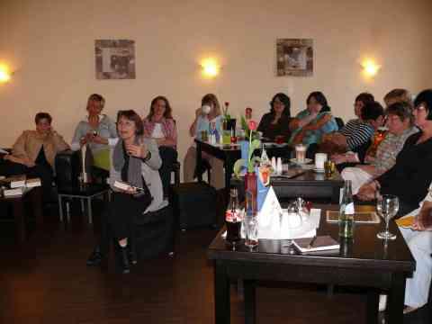 Teilnehmerinnen des 1. Literaturcafes in Sehnde